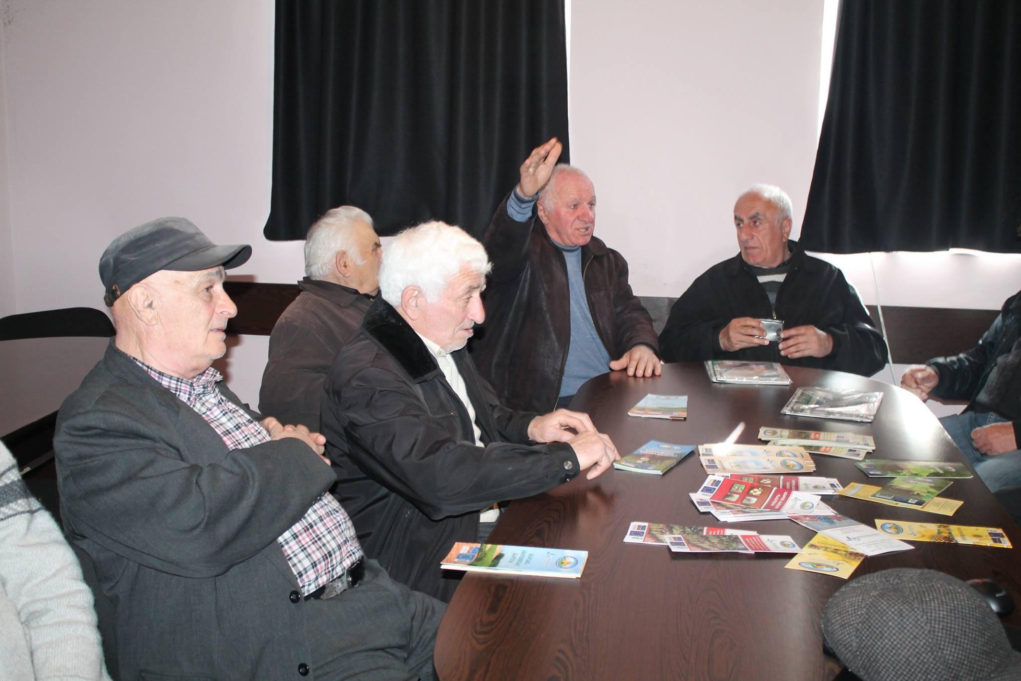 ხანდაზმულები სოფლის მეურნეობის სამინისტროს პროგრამებს გაეცნენ